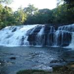 Cachoeira com Tirolesa